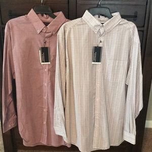 New! Two Roundtree & Yorke Button Downs